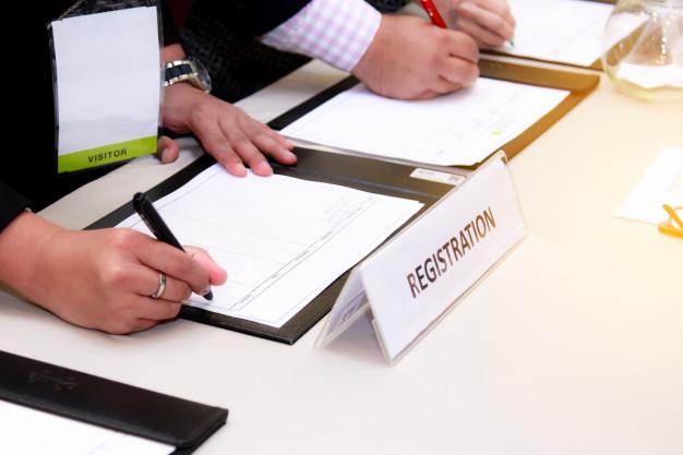 Gør det let at planlægge konferencer med et tilmeldingssystem