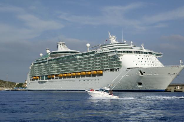 Tag på en eksotisk krydstogt rejse med familien