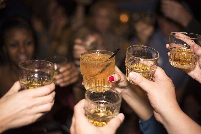Elsker du whisky? Lav en lækker og simpel whiskydrink!